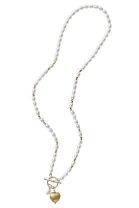 Rice Pearl & Gold Heart Necklace