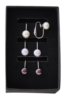 Pearl trio clip on earrings