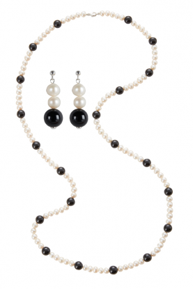 """36"""" Pearl & Onyx Rope Necklace & earrings Set."""
