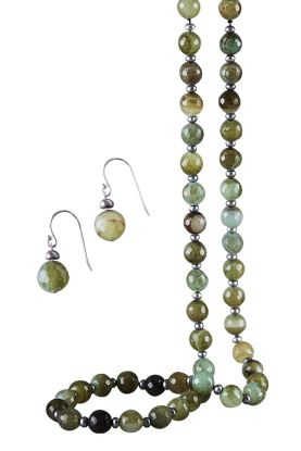 Pearl & Green Agate Necklace & Earrings Set