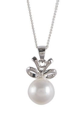 Pearl Bow Pendant