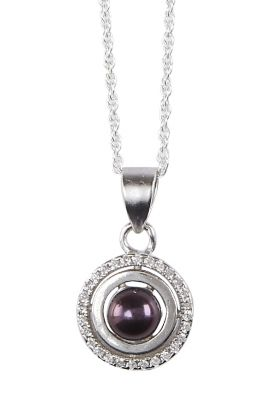 Button Pearl Circle Pendant